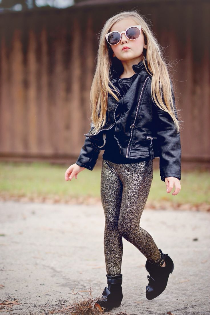 You searched for: metallic leggings! Etsy is the home to thousands of handmade, vintage, and one-of-a-kind products and gifts related to your search. No matter what you're looking for or where you are in the world, our global marketplace of sellers can help you find unique and affordable options. Let's get started!