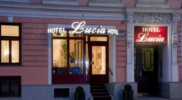 Hotel Lucia - 3 Star #Hotel - $78 - #Hotels #Austria #Vienna #Rudolfsheim-Fünfhaus http://www.justigo.us/hotels/austria/vienna/rudolfsheim-funfhaus/hotellucia_50021.html