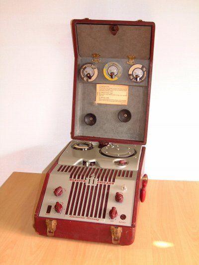 Le Magnétophone
