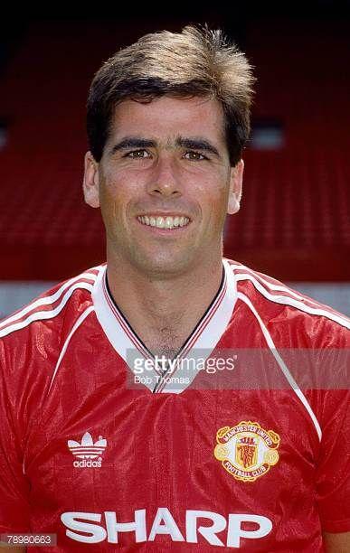 circa 1990 Neil Webb Manchester Unirted 19891993 Neil Webb also won 26 England international caps between 19881992