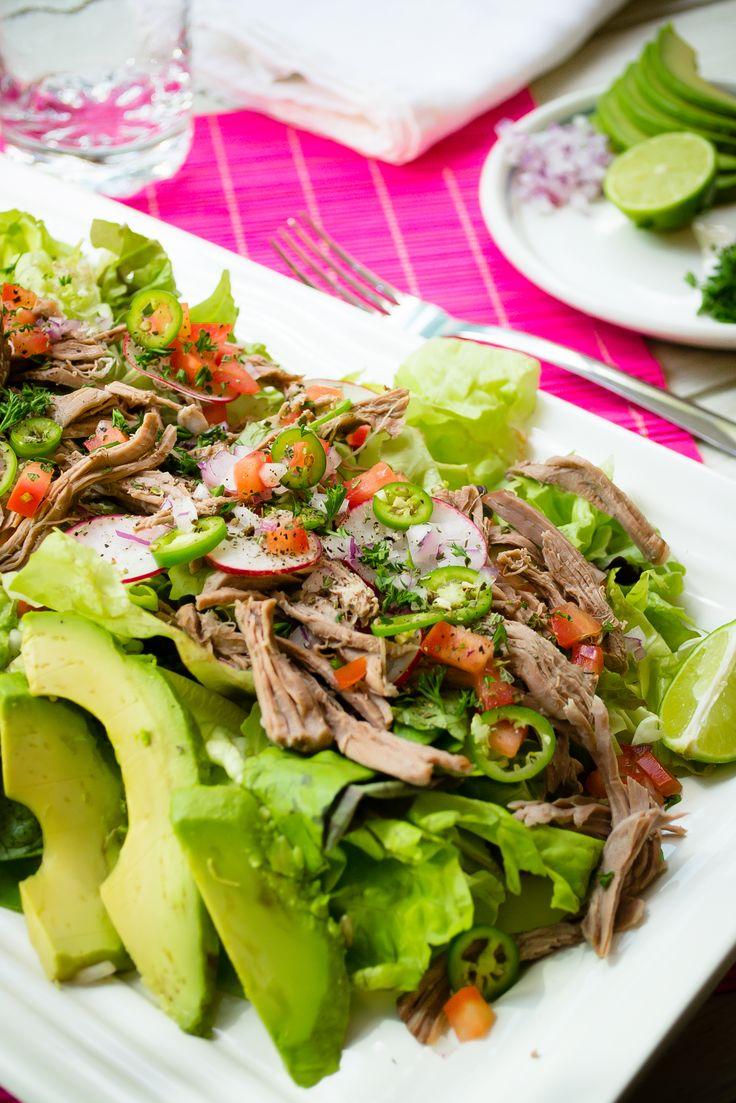 Deliciosa receta de salpicón de res, atrévete a prepararla y acompaña esta receta con unas deliciosas tostadas o totopos para botana, te encantará.