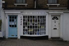 harrow on the hill - the doll house cafe.... hier war ich mit Marina und Belinda