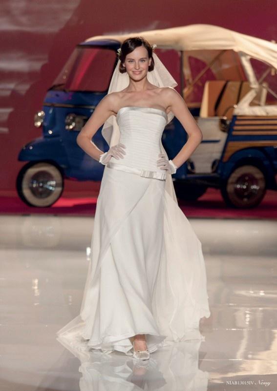 Collezione abiti da sposa #Nicole, abito da #sposa modello Nessy