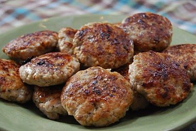 Homemade Breakfast Sausage made with ground turkey or chicken. With nutritional info provided. Looks like the best combo of spices so far.
