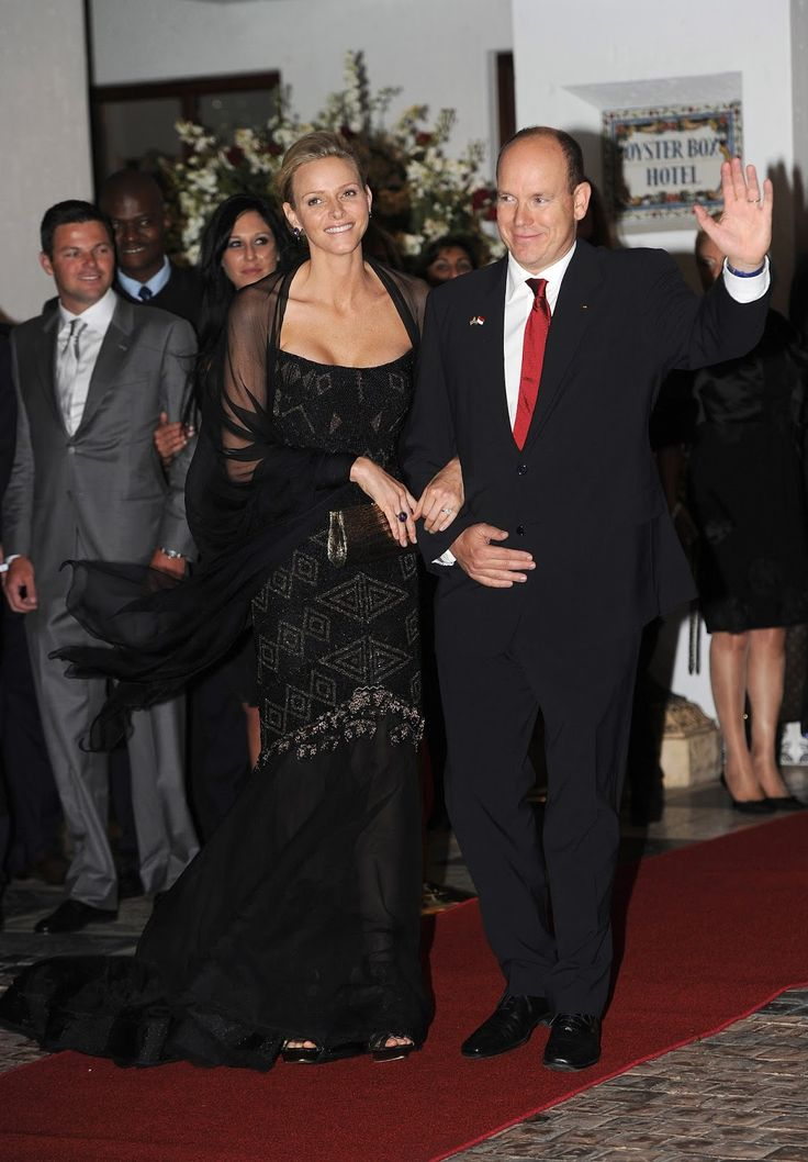 Princess Charlene Jewelry-Pedia: Mark Gold Jewels In July 2011, the new princess Charlene attended her wedding reception at the Oyster Box in Durban.