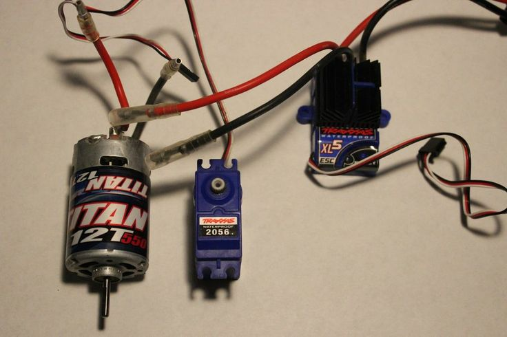 Traxxas Rustler XL-5 spare parts lightly used all in perfect working condition.