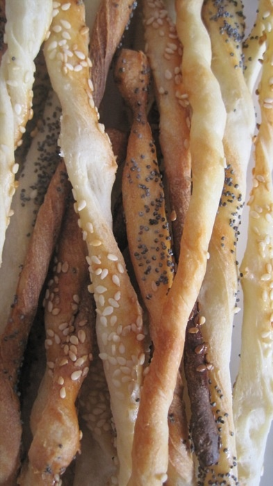 Bread sticks with sesame seeds.  #breadsticks #grissini #breadstickssesameseeds