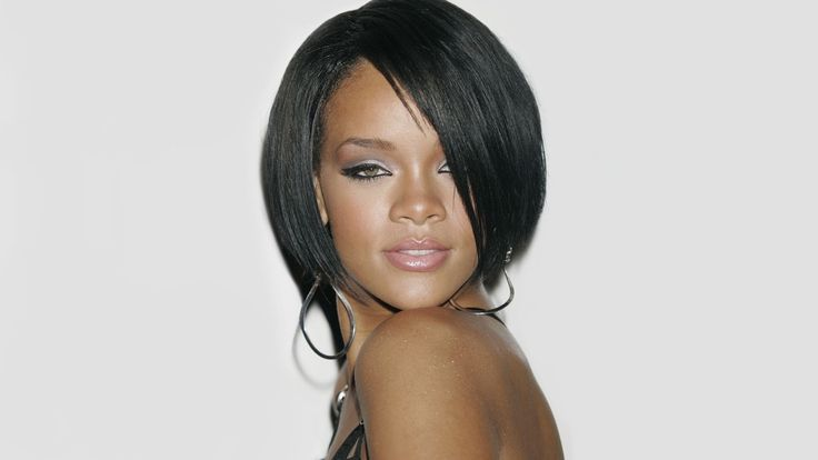 Rihanna Rote Frisuren, Promi-Frisur Bilder