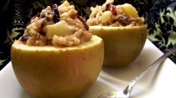Baked Apples with Apple-Cranberry OatmealStuffed Baking, Baking Apples Healthy, Apples Cranberries, Apples Pies, Healthy Breakfast Recipe, Oatmeal Stuffed, Cranberries Oatmeal, Healthy Oatmeal Recipe Apples, Baked Apples