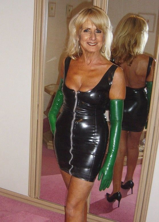 Sexy Latex Gilf  Sexy Mature-8340