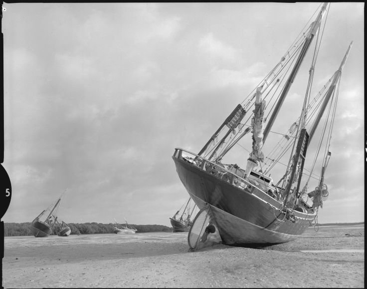 342909PD: Pearling lugger on the beach at low tide, Broome, 1969.  http://encore.slwa.wa.gov.au/iii/encore/record/C__Rb1897511__S342908PD__Orightresult__U__X3?lang=eng&suite=def