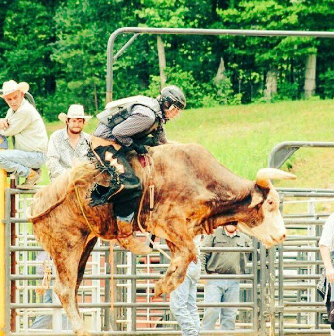 Cowboy Up or BUCK Off! Great Bull Riding Photo by Rider Austin Pruitt @austinpruitt_2 Follow Him https://www.instagram.com/austinpruitt_2/ Team Cowboy Coffee Chew #rodeo #cowboys #bullrider