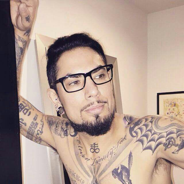 448 best images about dave navarro on pinterest for Dave navarro tattoo work