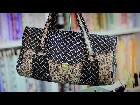 Bolsa em tecidos Caroline - Aprenda a fazer esta peça e compre tecidos e acessórios no Maria Adna Ateliê - Endereço: Av. das Carinas, 739, Moema, São Paulo - Fones: 11-5042-0145 e 11-99672-8865 (WhatsApp)  Email: ama.aulasevendas@gmail.com. Estacionamento próprio. FACEBOOK: https://www.facebook.com/MariaAdnaAtelie.