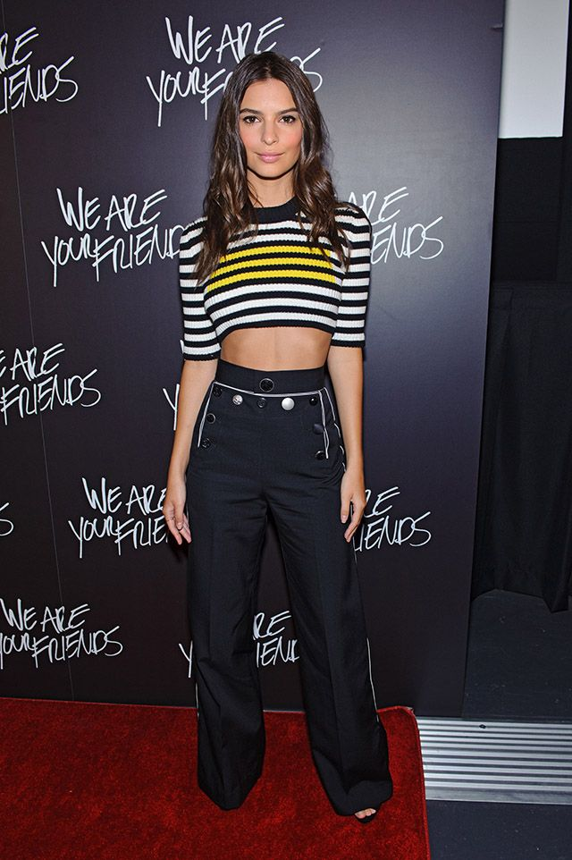 Emily Ratajkowski Is Slaying The 'We Are Your Friends' Red Carpet | Modamob