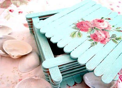 scatola con bastoncini del ghiacciolo-