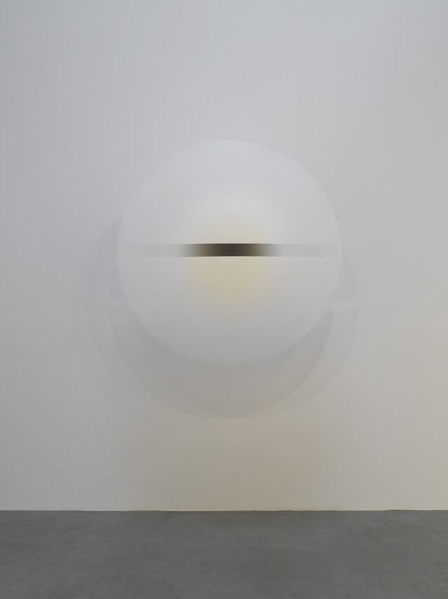 """acrylic lacquer on formed acrylic plastic, 54"""" (137.2 cm) diameter, © 1996-1970 Robert Irwin/Artists Rights Society (ARS), New York"""