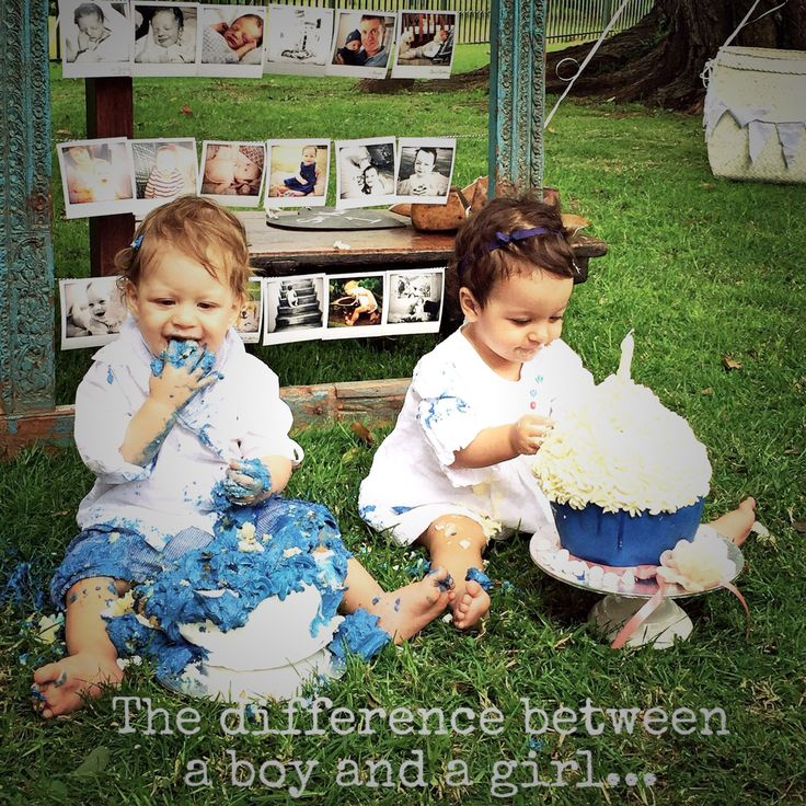 First birthday cake smash  The difference between a girl and a boy