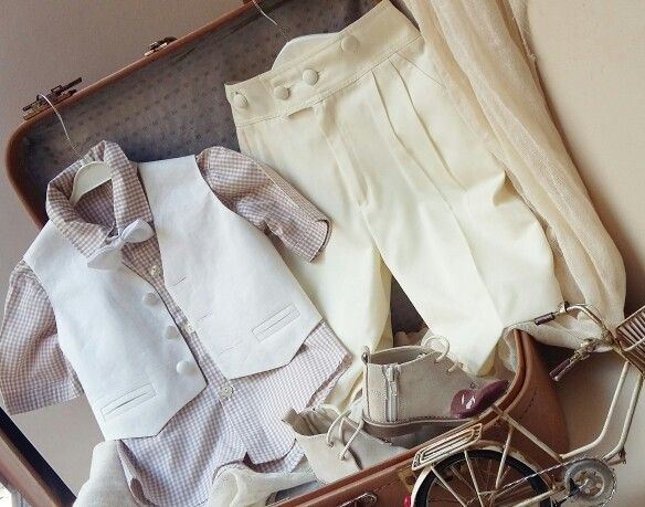 Εκρου καρο πουκαμισάκι,με μπεζ παντελόνι, άκρως  αριστοκρατικό στις καλύτερες τιμές  της αγοράς! Ολολευκο βαμβακερό  για  να ντύσετε  το μωράκι  Σας!Καλέστε  2105157506 www.valentina-christina.gr  #βάπτιση #βαπτιση #vaptisi#baptisi #vaptism #vaftisi #vaptistika#βαπτιστικα