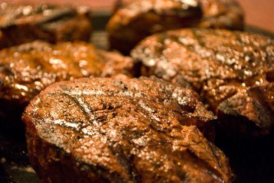 Оригинальный рецепт стейка филе-миньон от Джейми Оливера