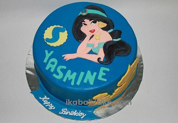 Jasmine Cake Handmade 2D figure  ikabalicake.com
