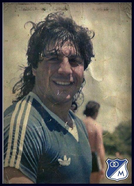 """Juan Gilberto Funes """"El Bufalo De San Luis"""""""