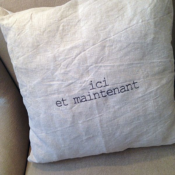 """Image of Coussin lin ancien """"texte"""""""