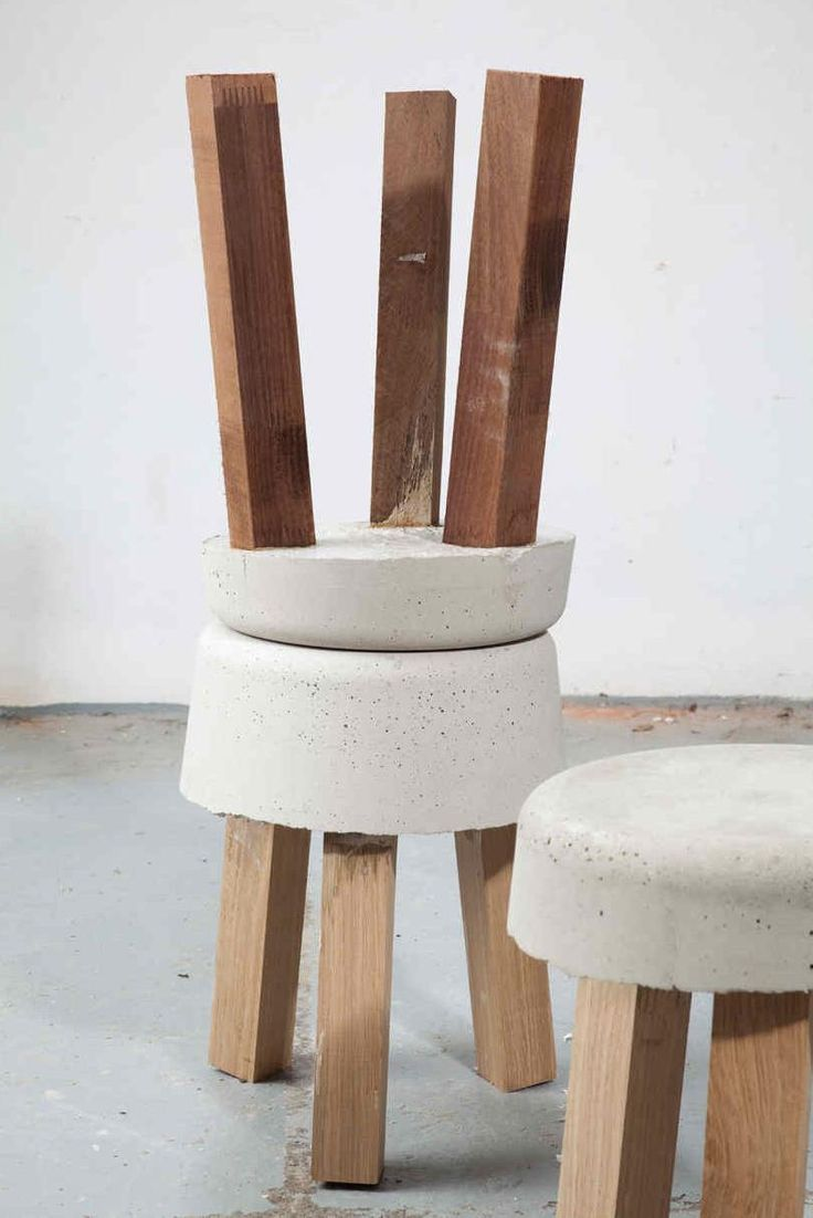 Concrete stools, great idea for around the firepit!