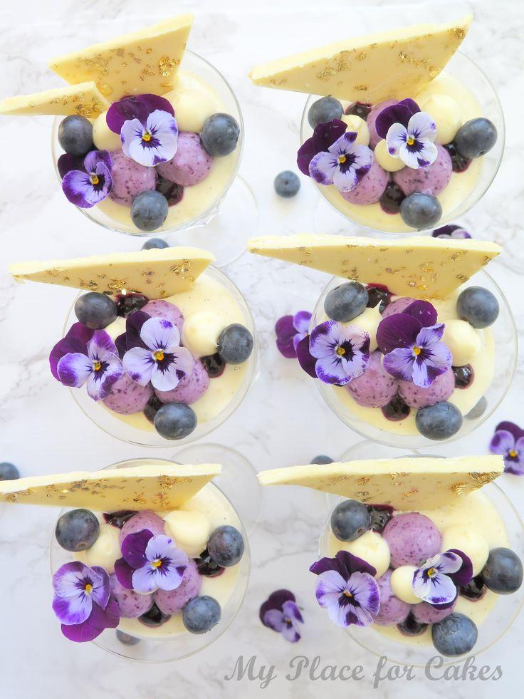 Pannacotta med blåbærsylt