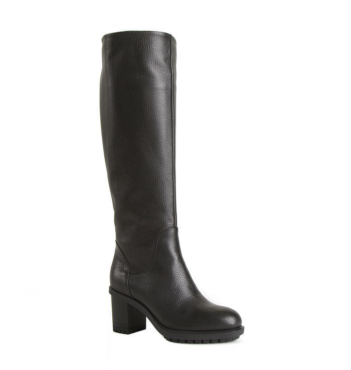 Angelo Giannini Кожаные зимние черные сапоги от бренда Angelo Giannini