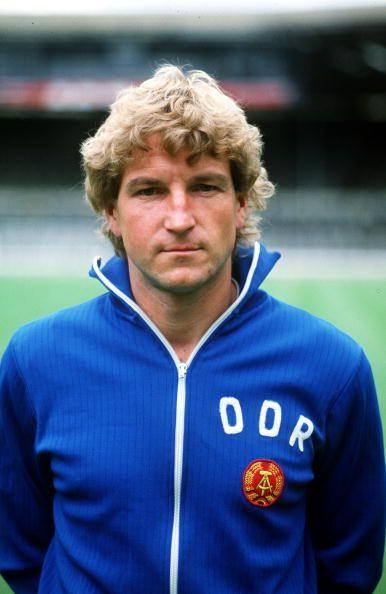 sport-football-pic-circa-1981-hansjurgen-dorner-east-germany-picture-id78987061 (386×594)