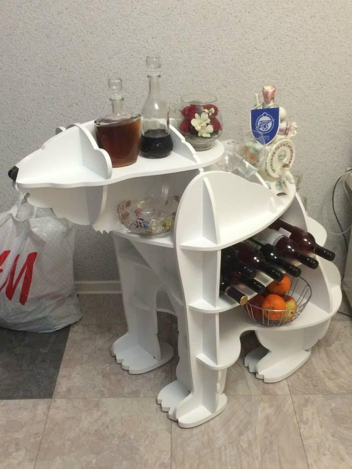 Медведь - мини бар и винный шкаф. Создан по индивидуальному заказу.
