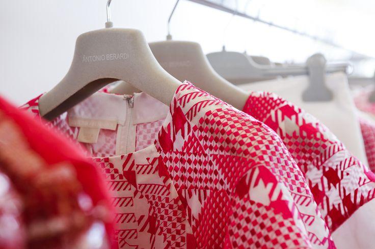 Antonio Berardi for spring/summer 2015. #Antonio #Berardi #AntonioBerardi #red #dress #spring #summer #2015