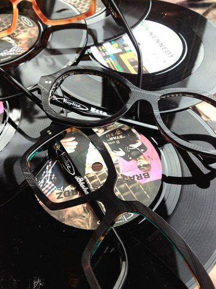 Vinylize: gafas hechas con discos de vinilo
