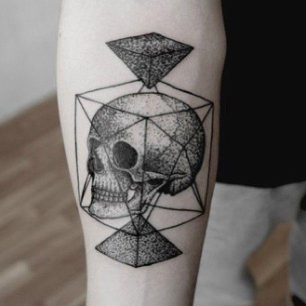 skulls pyramids dotwork tattoo by andrei svetov tatts pinterest tattoo tatting. Black Bedroom Furniture Sets. Home Design Ideas