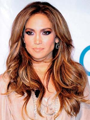 ColorFull Hair, Beautiful Makeup Hair Nails, Haircuts Jennifer Lopez, Beautiful Colors, Jennifer Lopez Blondes, Hair Color Highlights, Hair Colors Highlights, Layered Hair, Caramel Highlights