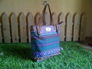 Ketika mempertimbangkan untuk membeli tas kulit, pastikan Anda sudah berpikir tentang penggunaan utama dari tas kulit Anda.