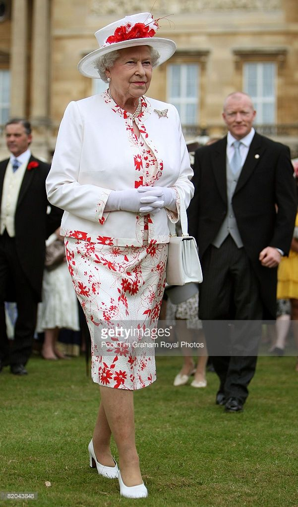 Queen Elizabeth II attends the last summer Garden Party of 2008 at Buckingham…
