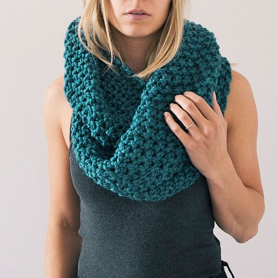 Chunky Knit Infinity Scarf in Dark Teal by AnahareoSeasonal