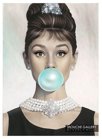 "MoebiusArt News: Audrey Hepburn ""Tiffany Blue"""