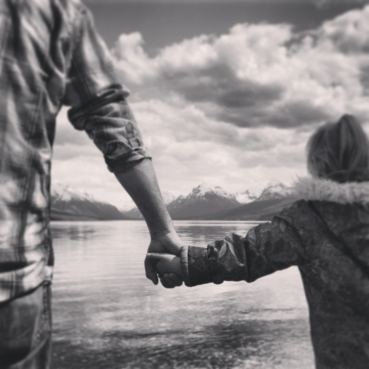Daddy daughter picture by Michelle Chevalier Photography