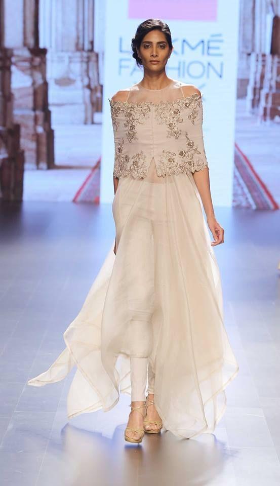 Anushree Reddy at Lakme Fashion Week 2016 (India)