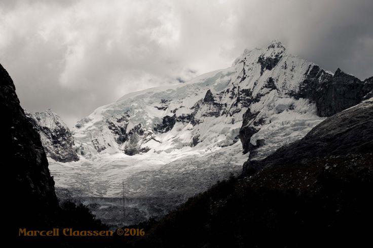 https://flic.kr/p/FK7KQU   Nevado Ranrapalca 9700 Huaraz (Laguna Llaca trek)(Ancash, Perú)
