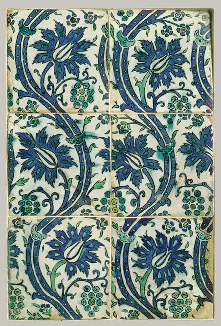 Tile panel with wavy-vine design, Ottoman period (ca. 1299–1923), 16th–17th century.Syria, probably Damascus. Stonepaste; polychrome painted under transparent glaze
