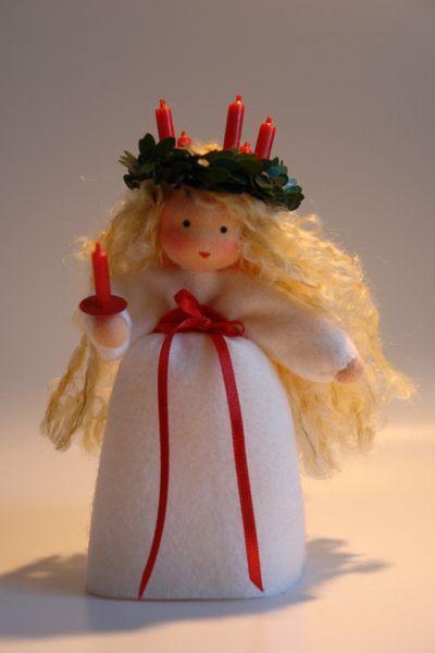 Santa Lucia Blumenkind  Jahreszeitentisch von Katjas Puppenstübchen auf DaWanda.com