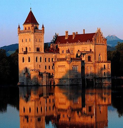 1000+ Images About Castles On Pinterest