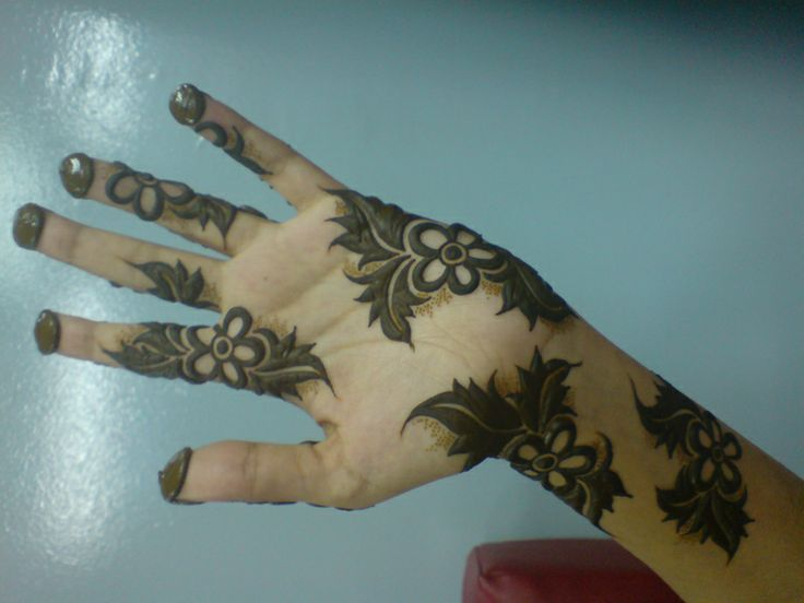 Beautiful Henna Design Centre - Dubai