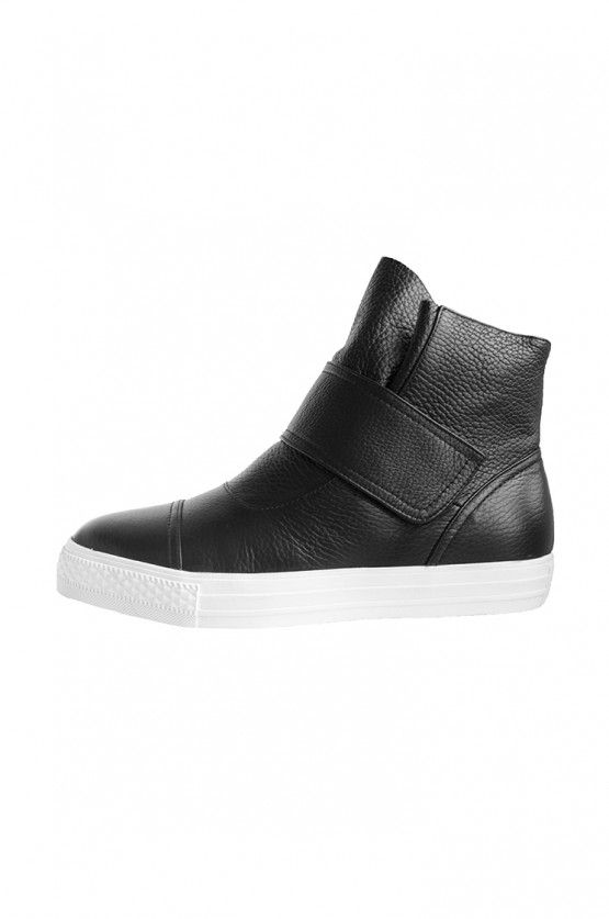 mid leather kicks / black/white