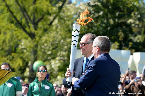 Nuzman called for Bach to help light the Rio 2016 cauldron. (ATR)