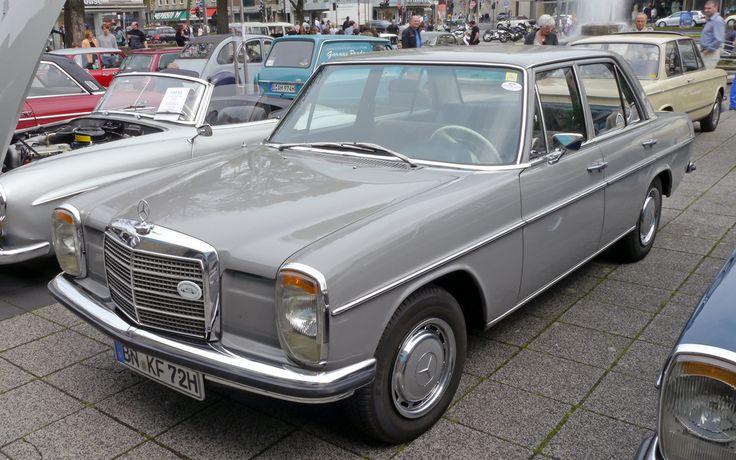 Alle Größen | Mercedes 200 (W115, ph-1, 1967-73, 175.242 built) in Phantomgrau (733, 1972/73 only) | Flickr - Fotosharing!